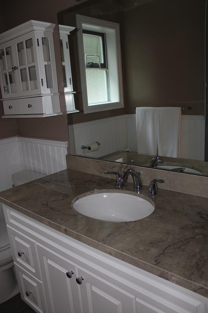 Bathroom vanities edmonton best bathroom vanity tops for Bathroom decor edmonton